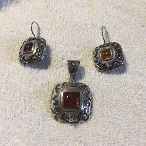 Silpada Silver & Amber pendant & earrings